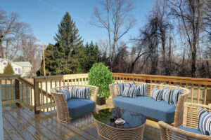 5 Reasons to Add a Deck to Your Custom Home